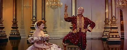 The King And I (1956)-3.avi_snapshot_19.17_[2010.01.06_18.31.32]
