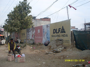 A DLF construction project opposite Lal Rattan Cinema