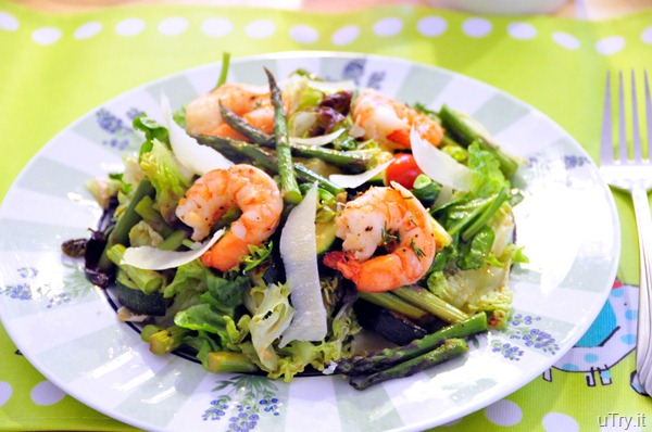 Roasted Asparagus and Shrimp Salad