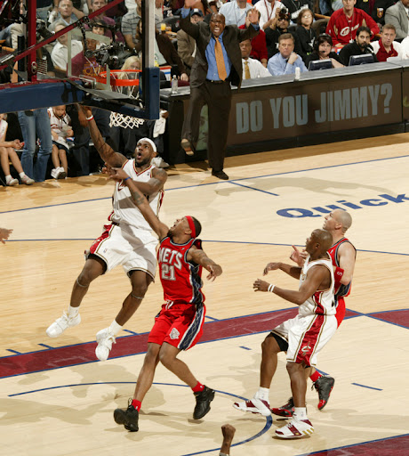 lebron james posterized
