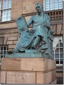 hume-david-estatua-em-edimburgo