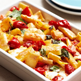Baked Caprese Pasta with Fresh Mozzarella, Tomatoes and Basil