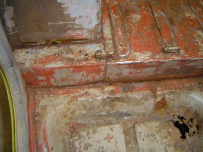 Rust under FJ40 Gas Tank