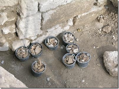Pottery pails, tb110704006