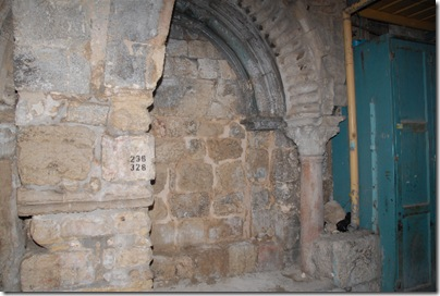 west-gate-holy-sepulchre-20091204-27