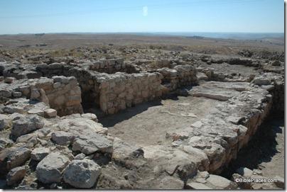 Ataroth temple on summit, tb061204042