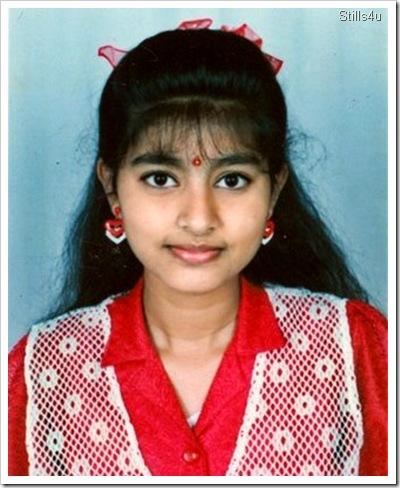 Actress Sneha Old Childhood PhotosHeroin Soundarya Family Photos