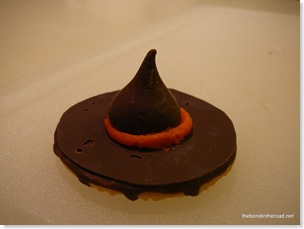 Easy Witch Hat Cookie
