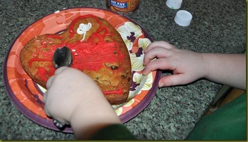 02-14-11 Valentine cookies 06