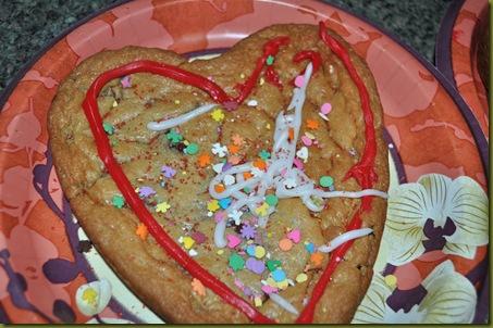 02-14-11 Valentine cookies 10