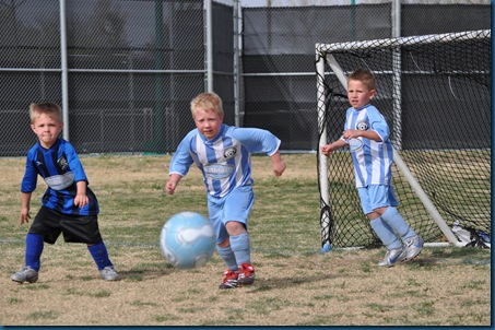 04-03-11 Zane soccer 10