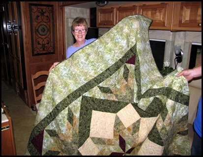 Ellie and her quilt[3]