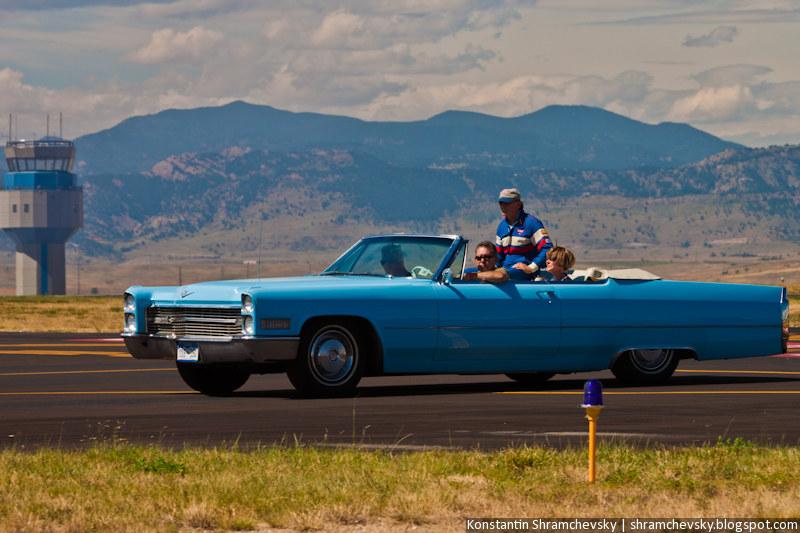 Классический Кадиллак Кабриолет Classic Cadillac Convertible