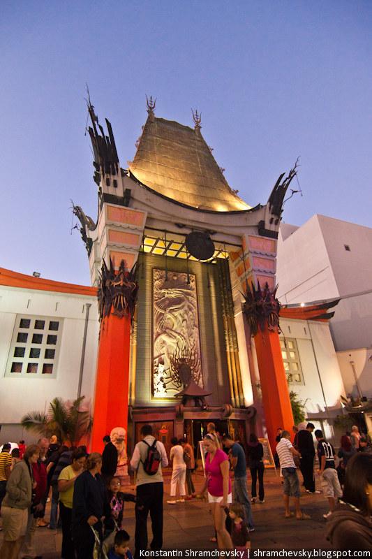 USA California Los Angeles Hollywood Boulevard Chinese Theater США Калифорния Лос Анджелес Голливуд Бульвар Аллея Звёзд Китайский Театр Кино
