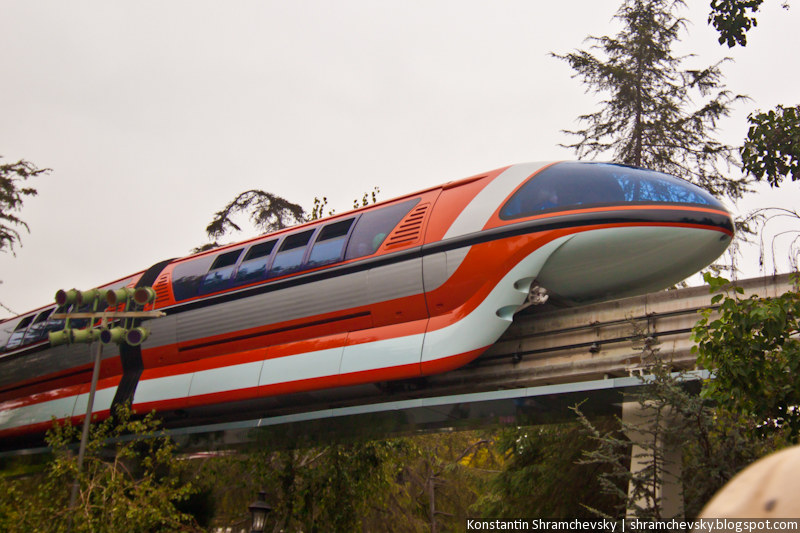 USA California Disneyland Anaheim Adventure Park Monorail Train США Калифорния Диснейленд Анахайм Парк Монорельс Метро