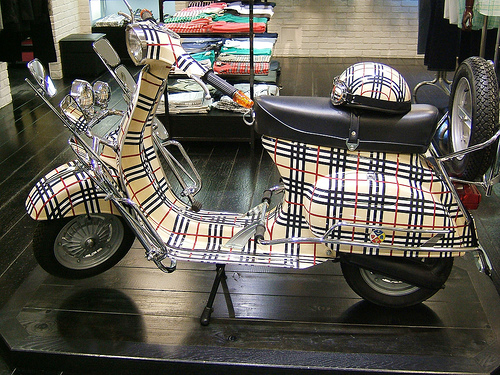 Burberry Art Vespa