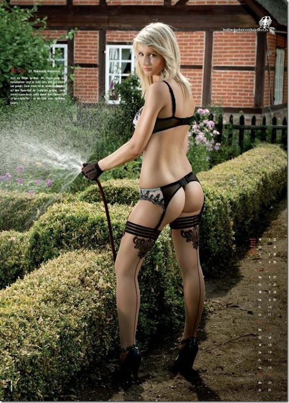 Sexy calendario das garotas do campo na Alemanha (7)