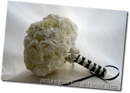 large_bridal_white_rose3__54125_zoom