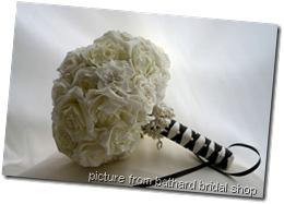 large_bridal_white_rose3__54125_zoom