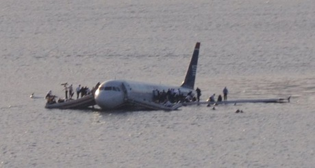 Plane_crash_into_Hudson_River Photo