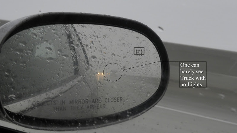REarView MIrrow with CAption