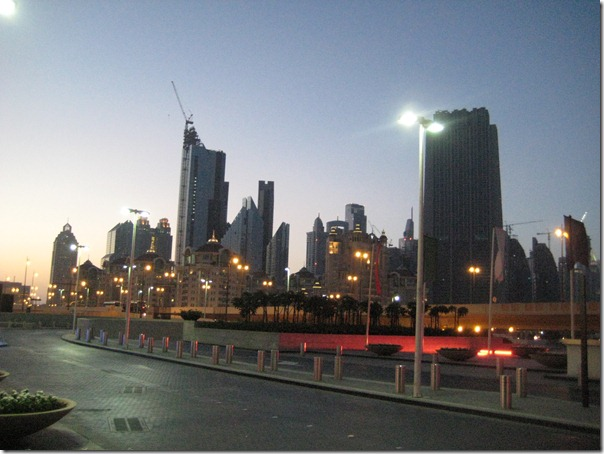 2010-05-10 Dubai 2077