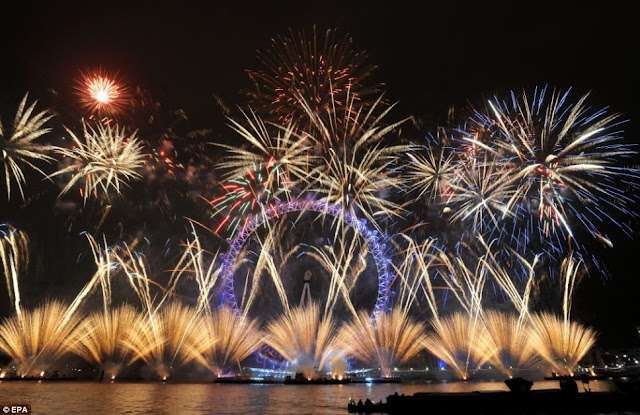 The London Eye formed the centre piece of the capital's fireworks
