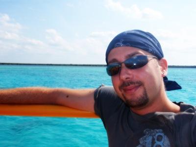 No barco para a Isla Passion. Nunca tinha visto o mar de Cozumel tão azul... curti!