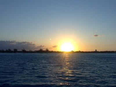 Nascer do Sol nas Bahamas...