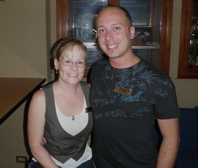 Com a Paula, a minha cantora preferida. Foi embora hoje. E eu continuo a contar os dias...