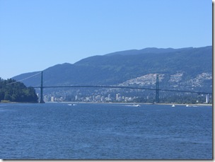011 - Lions Gate Bridge
