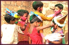 children_holi