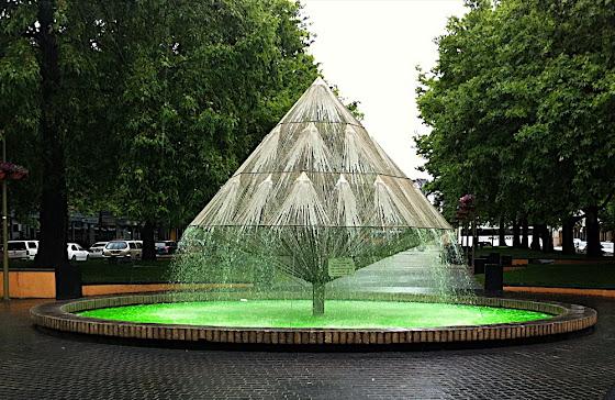green fountain