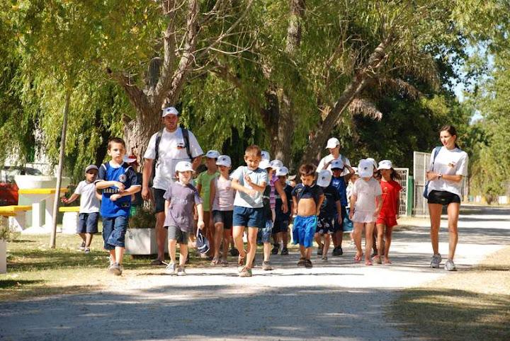 AMEMOP - Colonia Punta Lara 2009 - Somos los Ciempies