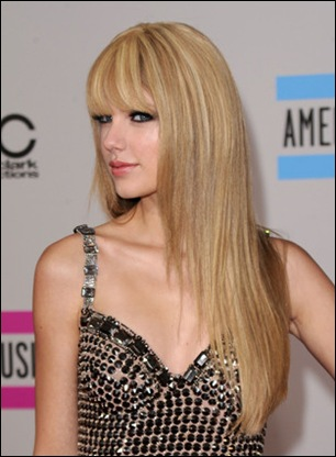 Taylor Swift Long Hairstyles Long Straight y18wYa92m6Zl