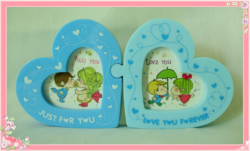 ForUnIGather Malaysia Online Gift Shop: Valentine Photo Frame for Couple