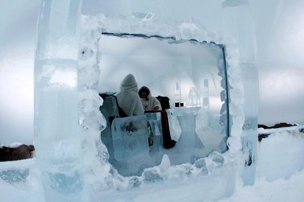 Japan-ice-hotel-10
