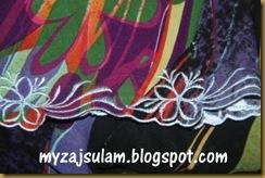 Sulam baju Mak Lang 21.8.2010 003