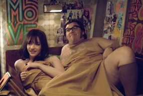 Talulah Riley (Marianne) and Nick Frost (Dave) in THE BOAT THAT ROCKED.