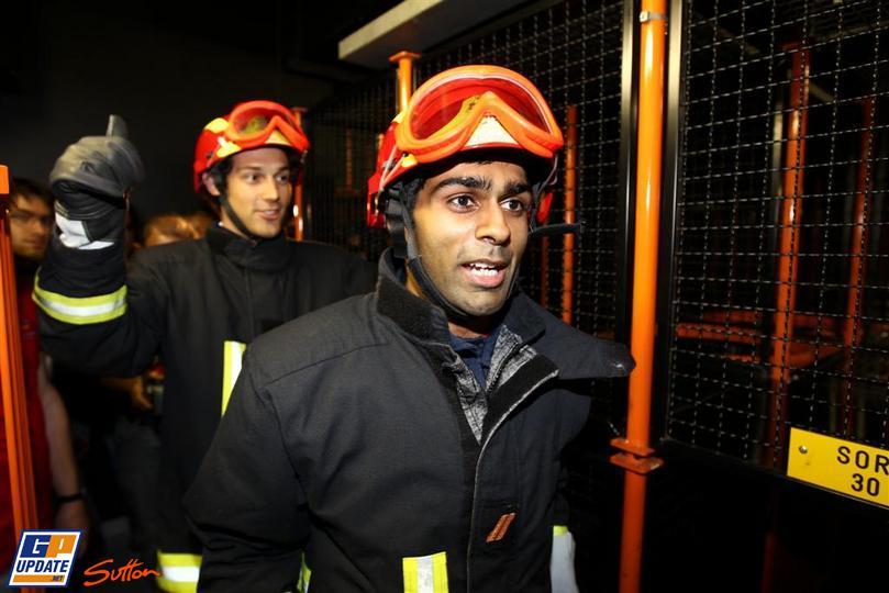 Карун Чандхок и Бруно Сенна пожарники