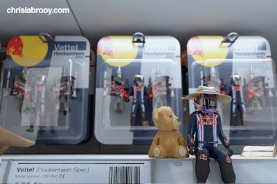 Марк Уэббер Себастьян Феттель Red Bull Chris Labrooy