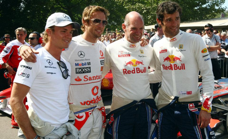 гонщики ф1 и Эдриан Ньюи на фестивале скорости в Гудвуде 2010