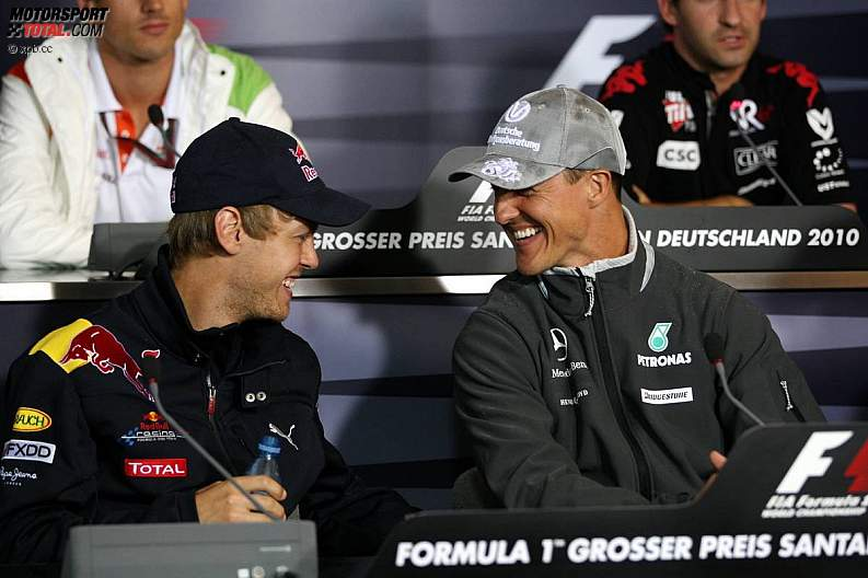 Михаэль Шумахер и Себастьян Феттель на пресс-конференции на Гран-при Германии 2010