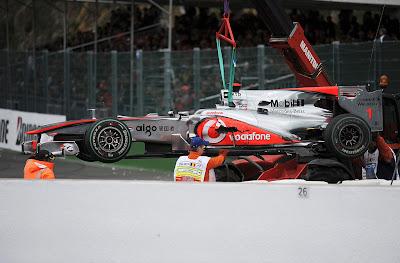 авария Себастьяна Феттеля и Дженсона Баттона на Гран-при Бельгии 2010