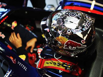 шлем Себастьяна Феттеля к Гран-при Сингапура 2010