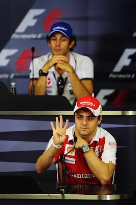 Фелипе Масса и Бруно Сенна на пресс-конференции Гран-при Бразилии 2010