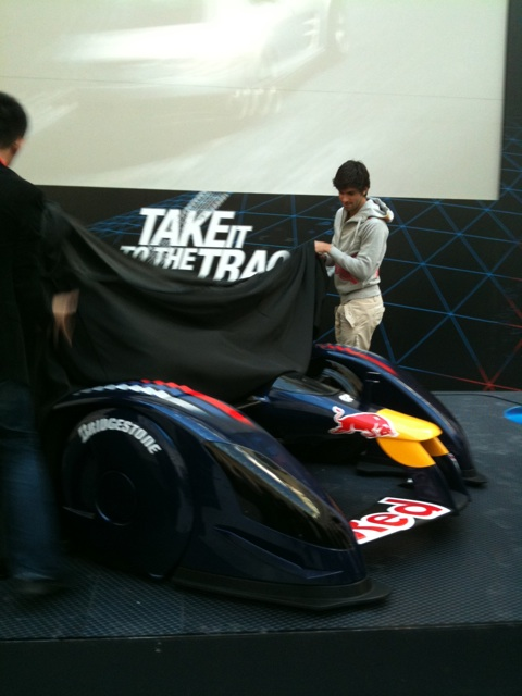 Red Bull X1 и Хайме Альгерсуари