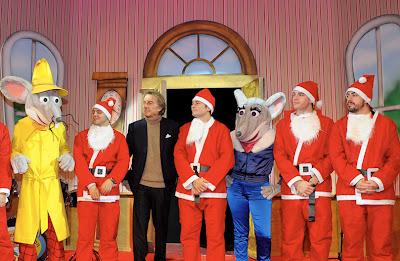 Scuderia Ferrari поздравляет с наступающим Рождеством