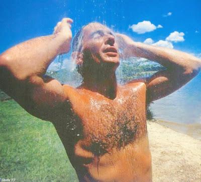 Айртон Сенна душ и пляж