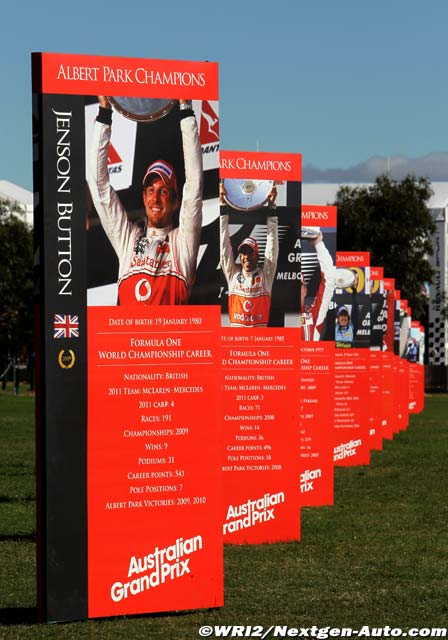 плакаты с последними победителями гонки в Альберт-Парке